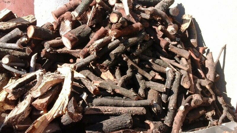 FIREWOOD  INDOOR & OUTDOOR  FIRE-PLACES ON SALE KEMPTON PARK , SALES FROM 6 AM TO 6 PM DAILY.