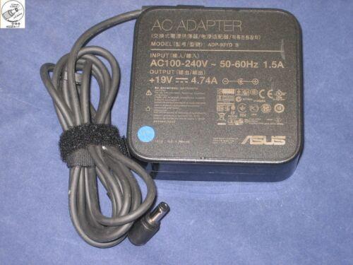 ADAPTATEUR ORIGINAL ASUS ADP-90YD B EXA1202XH EXA1202YH 19V 4.74A 5.5mm//2.5mm