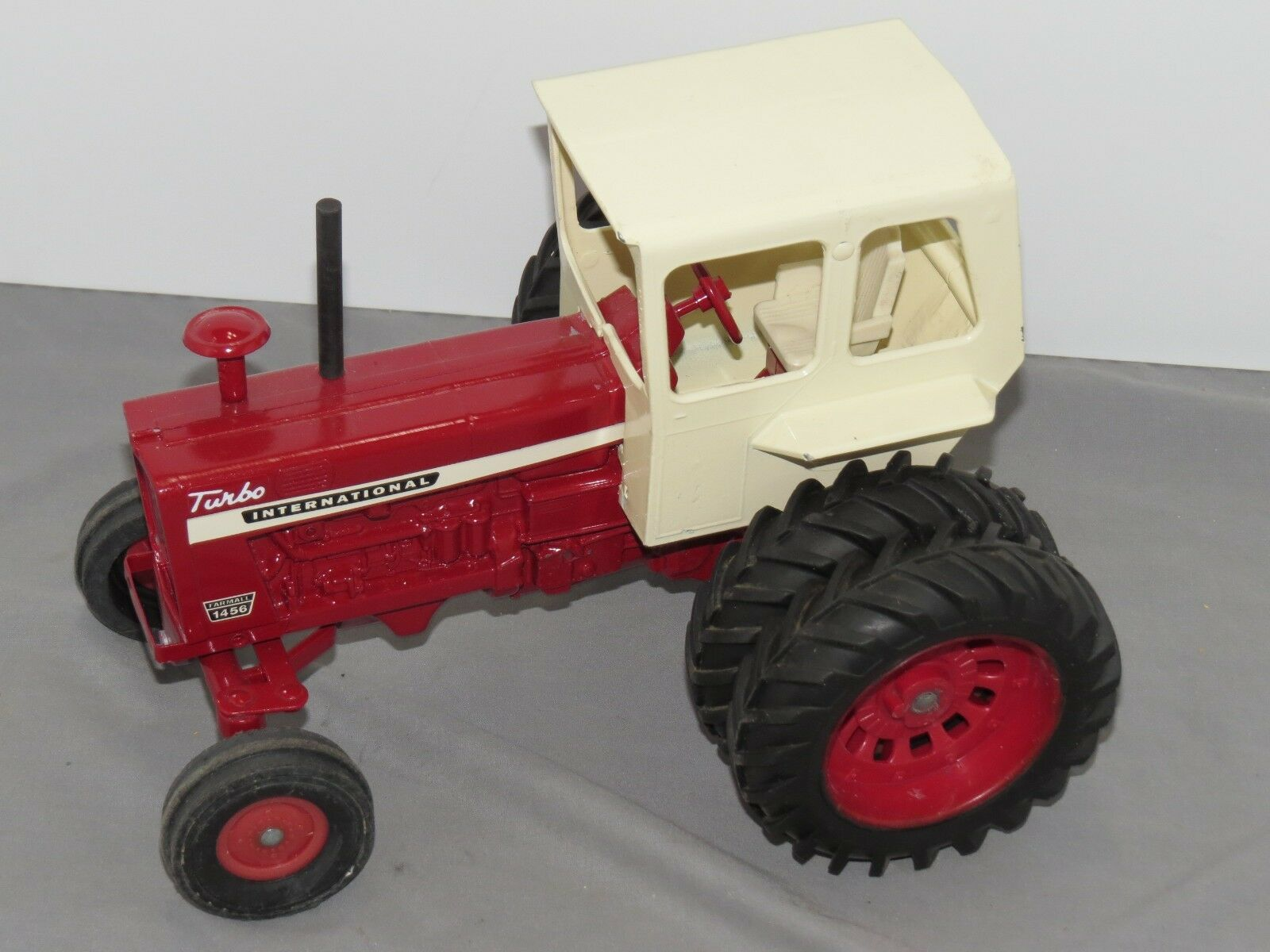 Vintage International IH Farmall 1456 Toy Tractor with Duals Cab ERTL RESTORED