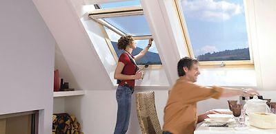 Velux bzw. Roto Dachfenster Hoch-Schwingfenster Holz im Maß: 65 x 118 cm