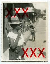 INDIANERIN, PORT OF SPAIN, TRINIDAD  - orig. Foto, 1932, smoking Indian, pipe