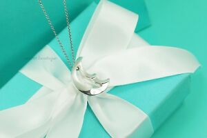 AUTHENTIC-Tiffany-amp-Co-Sterling-Crescent-Moon-Necklace-17-034-1071
