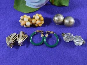 Vintage-Earrings-Lisner-Cluster-Hoops-Silver-Gold-Tone-Clips-Five-Pairs