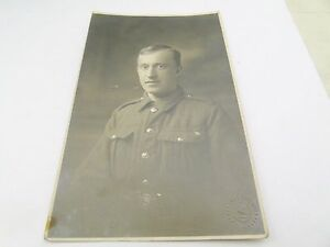 WW1-MILITARY-SOLDIER-LIVERPOOL-Poss-KINGS-OWN-WW2-ARMY-PHOTOGRAPH-PHOTO-POSTCARD