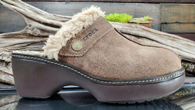 Crocs Cobbler Leather Suede Clog Womens