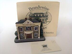 Brandywine-Woodcrafts-Hometown-Village-School-Shelf-Sitter