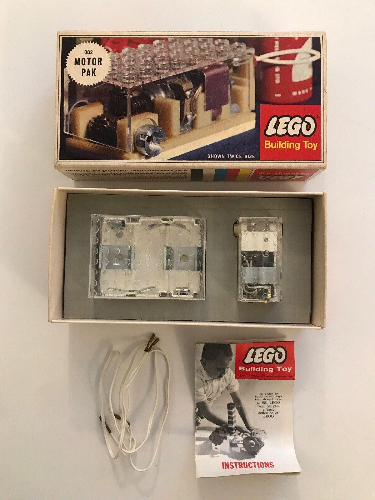 Vintage RARE 1963 LEGO 002 Motor Pak in ORIGINAL BOX