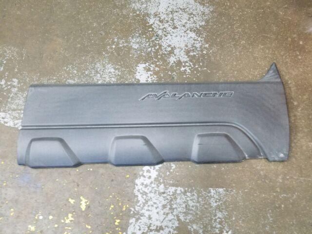 Fender Molding for Chevrolet Avalanche 03-06 RH Lower Cladding Trim Black Right Side