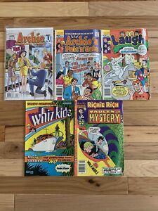 5 Comics lot Archie # 600, Whiz Kids, Richie Rich, The Proposal Betty Veronica