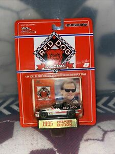 NASCAR-Racing-Champions-Kenny-Wallace-039-95-Premier-Edition-1-64-Diecast-8-Red