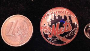 Mets-Baseball-PIN-BADGE-LOGO-STEMMA-NEW-YORK-NYC
