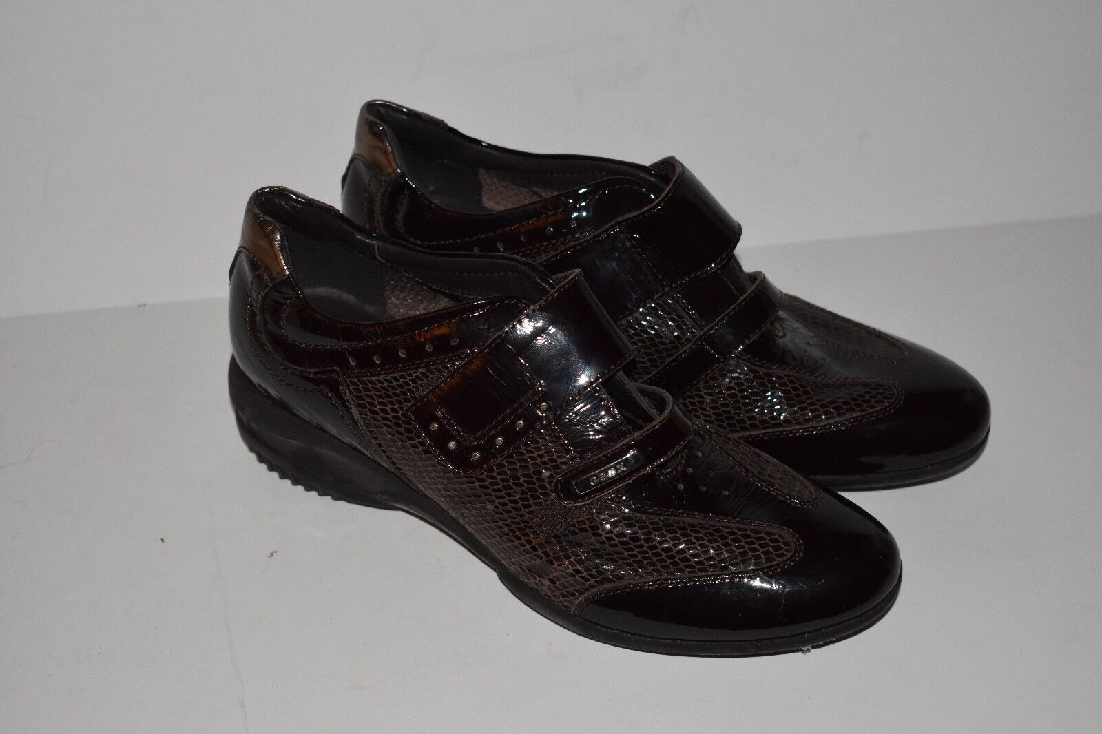 GEOX Respira Patent Leather Wedge Loafers Sneakers Size 40 Velcro