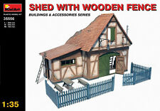 MIN35556 - Miniart 1:35 - Shed with Wooden Fence