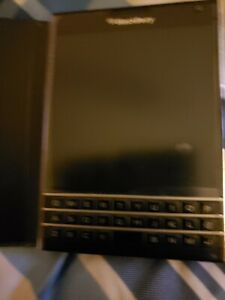 BlackBerry-Passport-32GB-Black-Unlocked-Edition