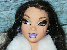 Mattel Barbie Doll MY SCENE NOLEE GOES HOLLYWOOD Doll Dressed Clothing Shoes