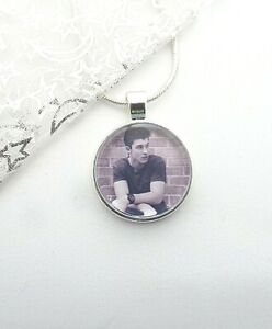 SHAWN MENDES SILVER PLATED NECKLACE 22  INCH   SINGER GIFT BOXED PARTY BIRTHDAY