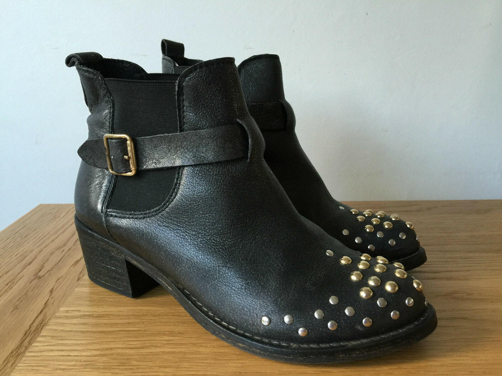 OFFICE LADIES noir LEATHER CHELSEA STYLE STUDDED ANKLE bottes UK4 EUR37