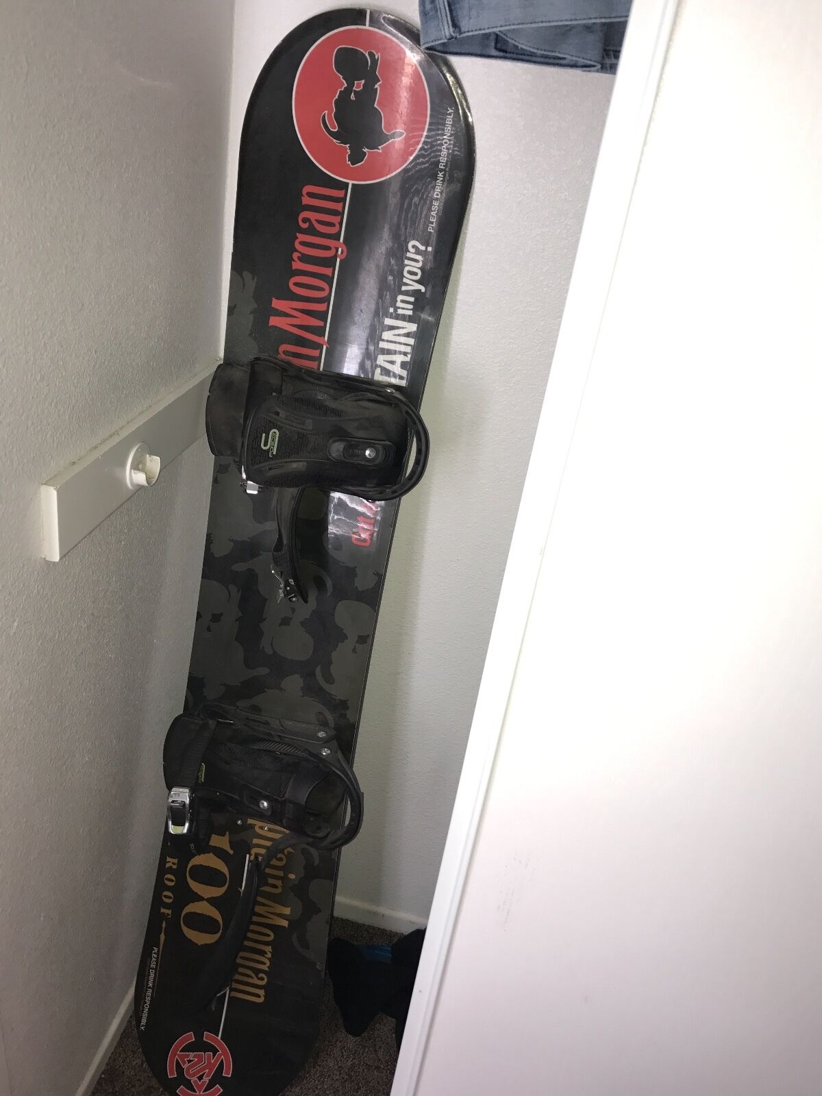 Captain Morgan special edition with Smirnoff with bindings snowboard rare