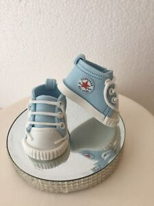 Image is loading EDIBLE-BABY-CONVERSE-BOOTIES-SHOES-CAKE-TOPPER-DECORATION- 1aabae9ee