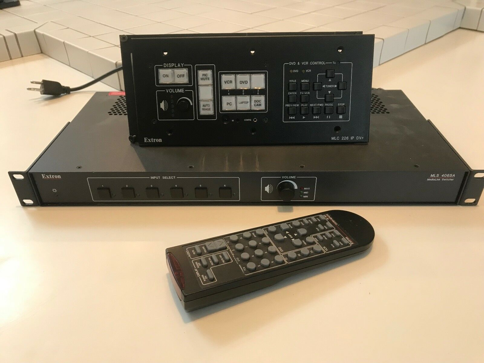 Complete Extron Enhanced MediaLink Controller  & Switcher