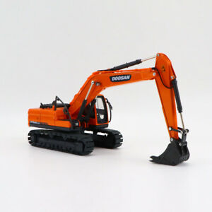 DOOSAN-DX225LCA-1-40-Scale-Alloy-Excavator-Engineering-Diecast-Vehicle-Model-Toy