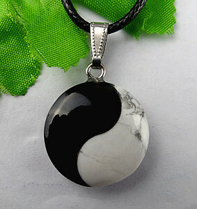 Unique-black-agate-White-Howlite-Yin-and-Yang-tai-chi-pendant-bead-BC616