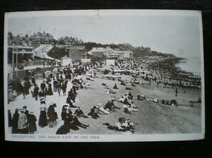 POSTCARD FELIXSTOW THE BEACH EAST OF THE PIER LADIES AND GENTS STROLLING - Tadley, United Kingdom - POSTCARD FELIXSTOW THE BEACH EAST OF THE PIER LADIES AND GENTS STROLLING - Tadley, United Kingdom