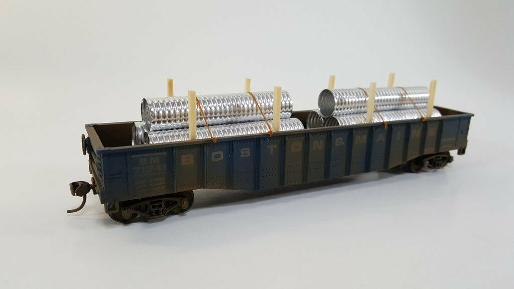 HO Scale Model Railroads & Trains - Freight Cars - Gondola