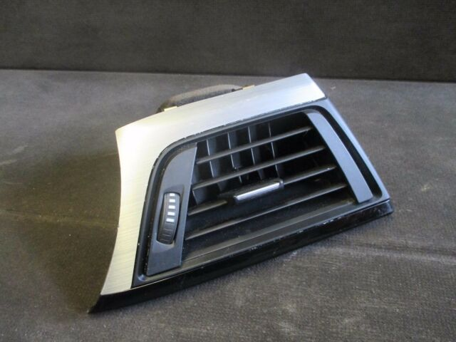 BMW 3 + 4 Series - Dashboard Front O/S Right Air Vent 9231995 - 64229231995