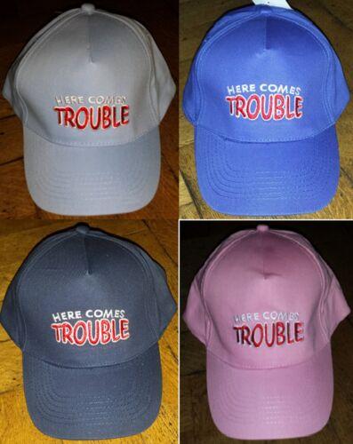 Enfants garçons filles baseball peak cap brodé slogan vient ici de problèmes nouveaux