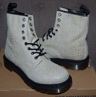 NIB Dr Doc Martens Women's 1460 Off White Snakeskin Print 8-Eye Boots