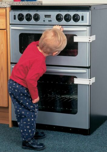 CLIPPASAFE MICROWAVE//OVEN LOCK CHILD SAFETY KEEP AWAY FROM HOT SURFACE /& ITEMS