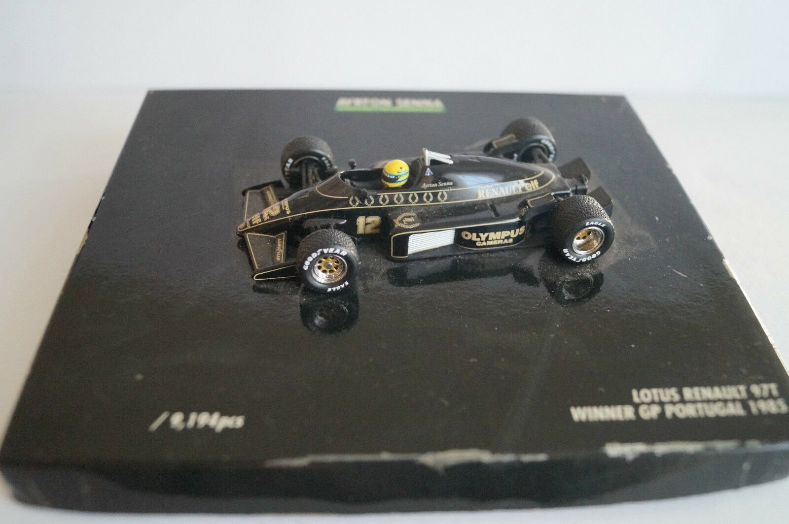 Voiture  miniature 1 43 Lotus renault 97t winner GP portugal 1985 Ayrton senna  être en grande demande