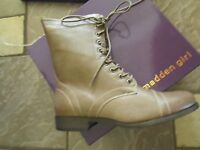 Madden Girl Gomby Stone Combat Style Boots Womens 7.5 Free Ship