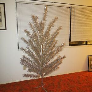 Color Wheel For Christmas Tree.Details About Vintage Regal 6 Foot Aluminum Christmas Tree W Penetray Color Wheel Boxes