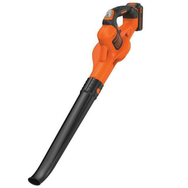 BLACK+DECKER LSW321 20V Cordless Handheld Sweeper