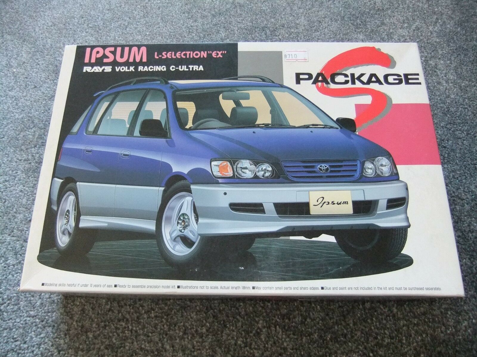 Aoshima S-01 019313 - 1 24 Toyota Ipsum L-Selection  EX  - Sealed Contents