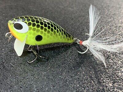Whiptail Lures MP5 Little Diver Custom Wood Crankbait Chartreuse Blue Back