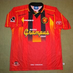 NAGOYA-GRAMPUS-EIGHT-JAPAN-1996-1998-HOME-FOOTBALL-SHIRT-M-SIZE-UMBRO-VINTAGE