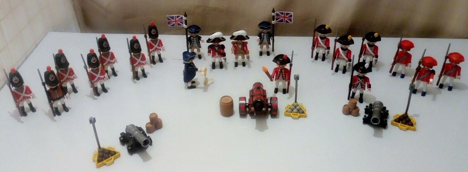 LOT PLAYMOBIL ARMEE ANGLAISE- FUSILS A BAIONNETTES- CANONS