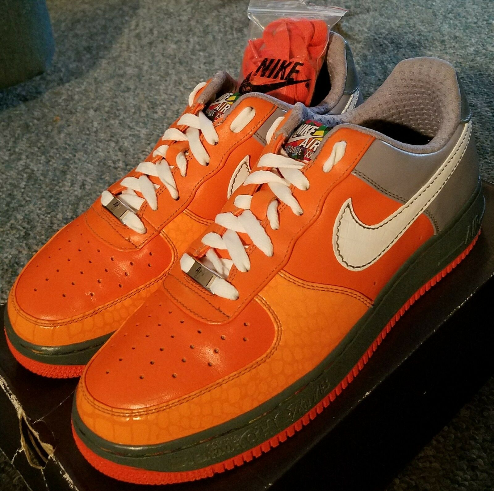 2009 Nike Air Force 1 men's 10, Premium 'Choz South Bronx' Extremely Clean! VNDS