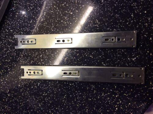 Accuride diapositives DZ3732-0030 Tiroir Coureurs 45 kg Heavy Duty par paire