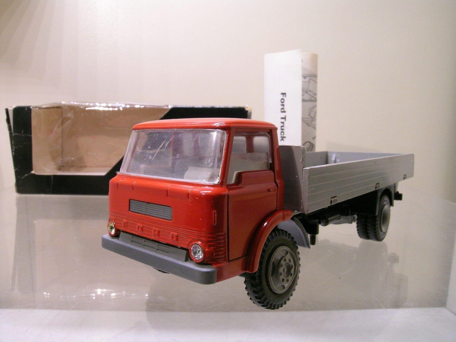 KIRK NO TEKNO DENMARK No.915 FORD D800 TRUCK rojo gris + BOX 1 50