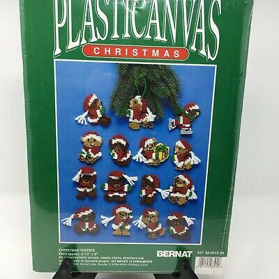 "Bernat /""Santa Holders/"" Plastic Canvas Christmas Ornaments Kit Makes 8"
