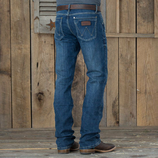 f13a5440 Wlt77ly Wrangler Men's Retro Limited Edition Slim Fit Boot Cut Jean Layton  33 32 for sale online   eBay