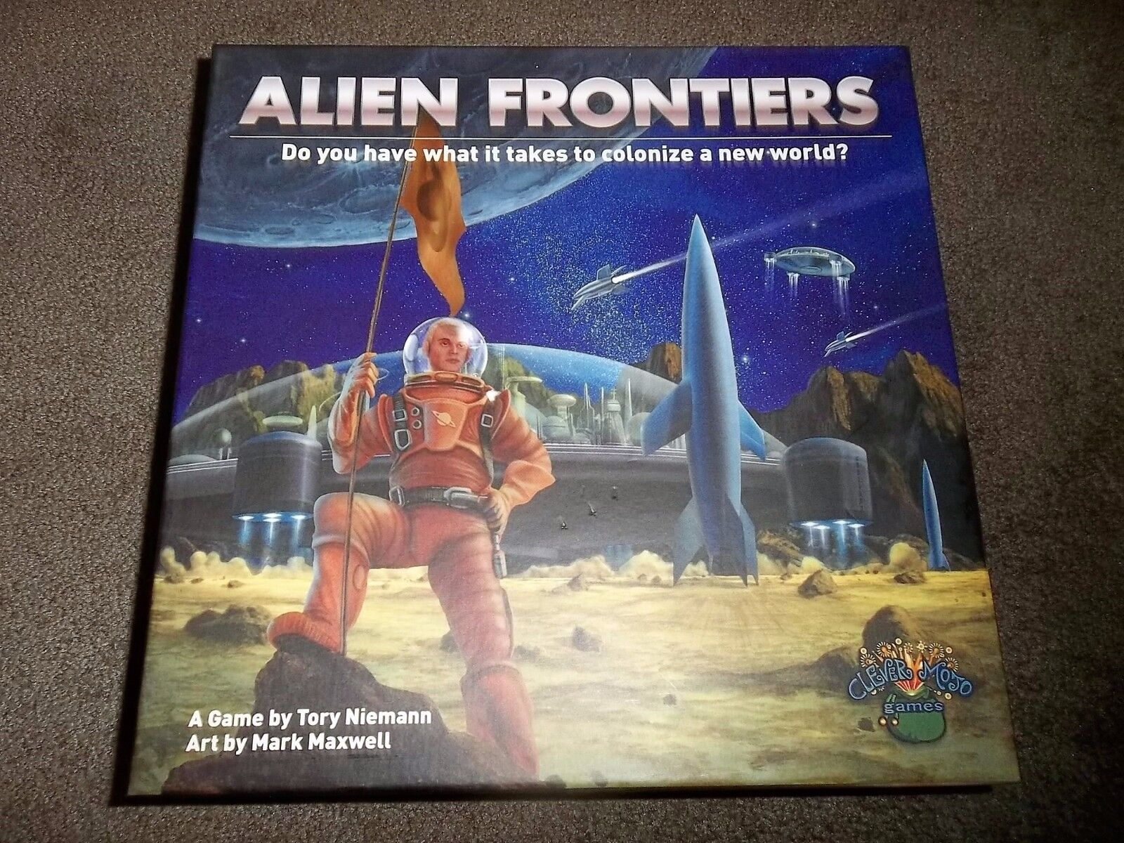 Clever  Mojo Games Alien Froncravaters  distribution globale
