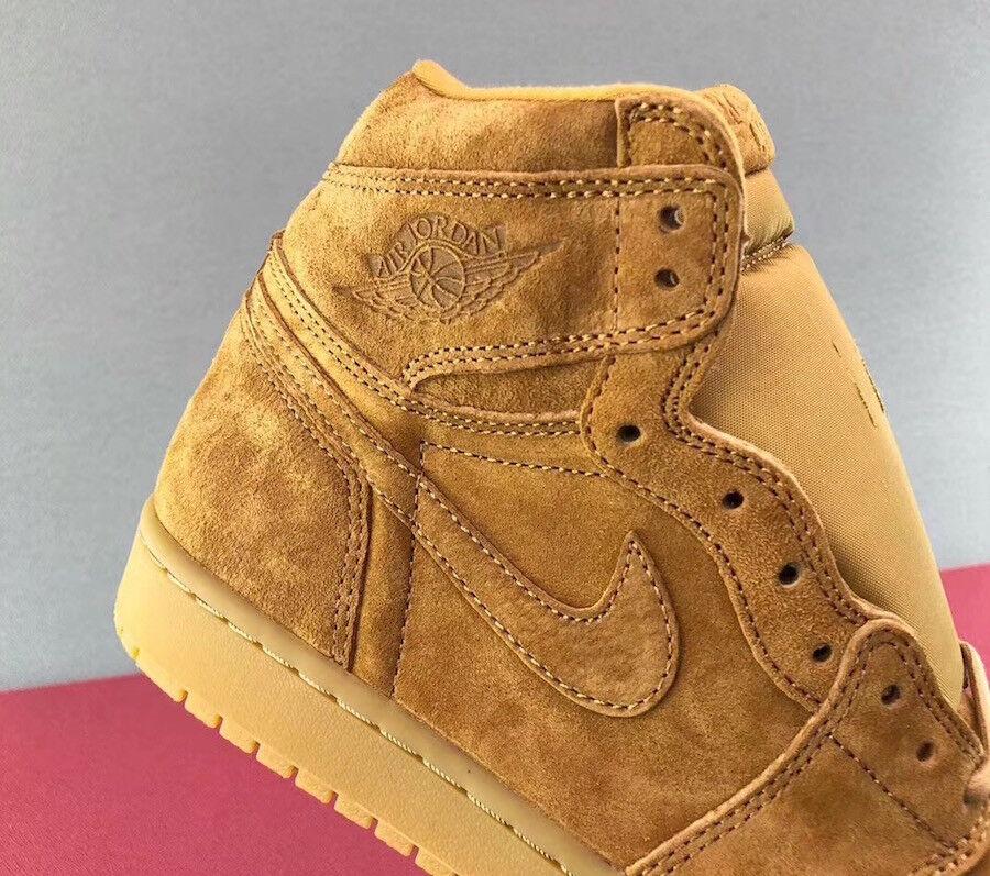 Nike Air Jordan 1 High Retro High 1 WHEAT FLAX BROWN SUEDE 555088-710 10.5 BANNED ROYAL Chaussures de sport pour hommes et femmes a99102