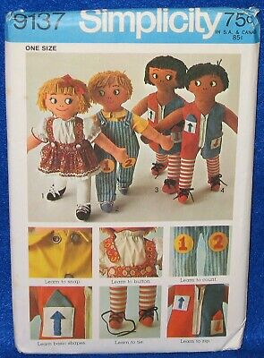 Simplicity 9137 Learning Rag Doll fr 1970 Pattern New /& Uncut or Cut /& Complete
