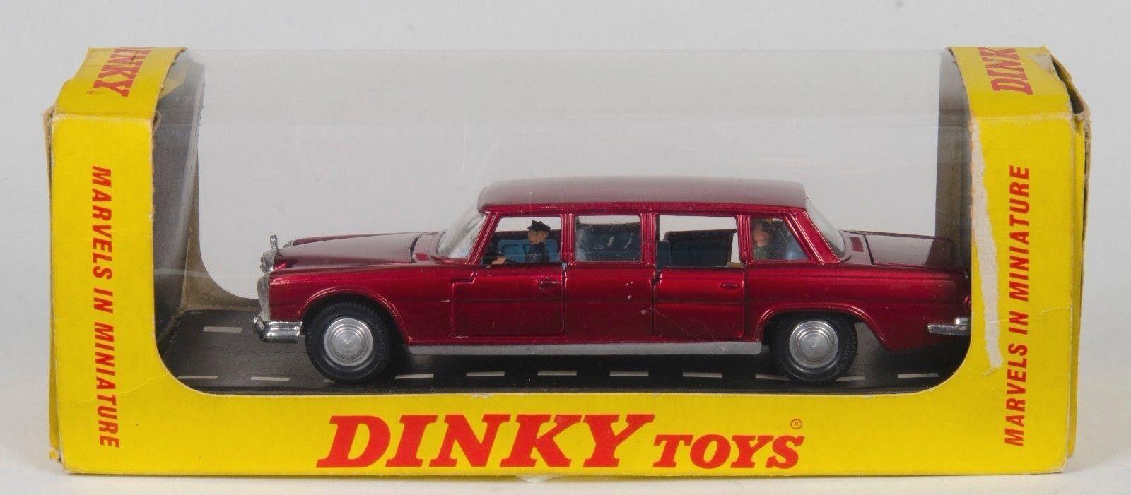 Dinky 128 Mercedes-Benz 600. Interior Azul En Caja Raro de exportación & Figuras. década De 1960