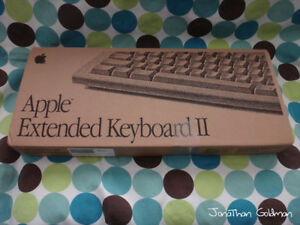 Apple-Extended-Keyboard-II-ADB-New-Factory-Box-Vintage-Rare-M0312-M3501-SEALED